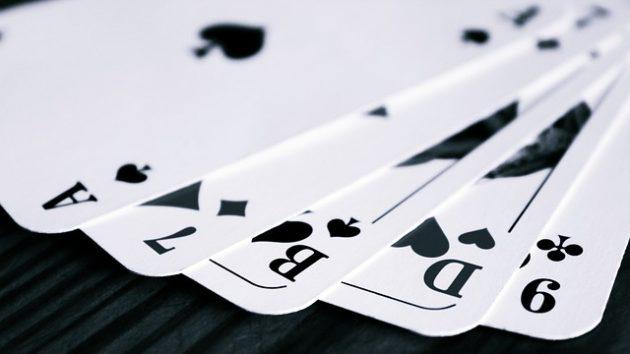 Spass beim Umzug – Warum Kartenspiele zeitlos bleiben
